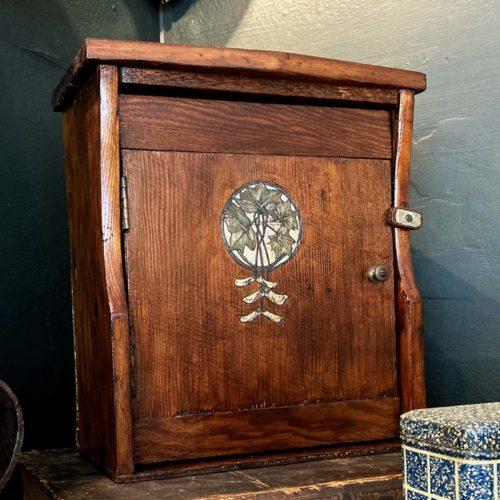 rustic_pine_wall_cupboard